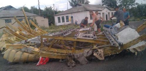mh-17-crash-scene-3